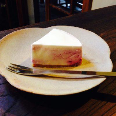 今が旬!広島産ブルーベリーのレアチーズケーキ